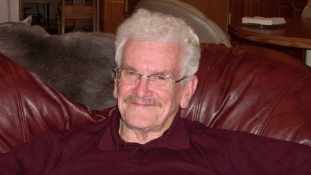 Richard (Dick) Dale Simonds, 79, passed away July 18, 2014 at Medical Center of the Rockies.  He was born July 17, 1935 in Belleville, Kansas to Charles and Alice Simonds.