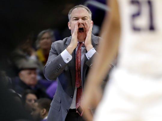 Rutgers head coach Steve Pikiell