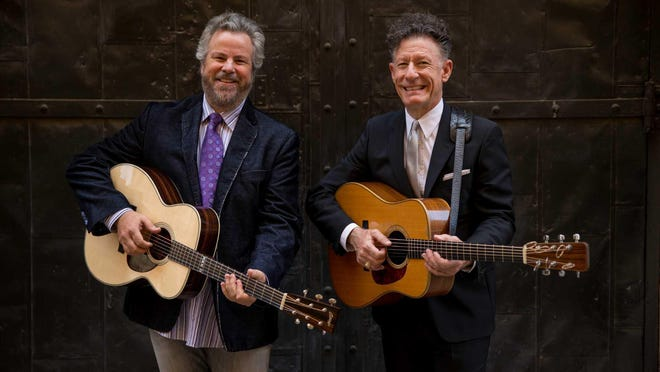 Robert Earl Keen and Lyle Lovett perform at the Visalia Fox on Nov. 28.