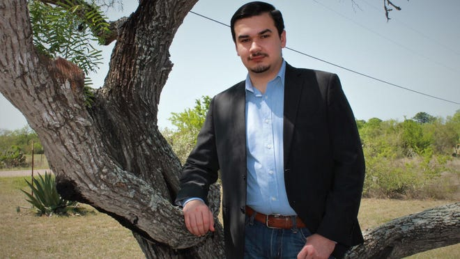 On Saturday, May 9, 2020 San Diego High School Alumnus Robert J. Moncada graduated from St. Mary's University in San Antonio with a Bachelor of Arts in Political Science.