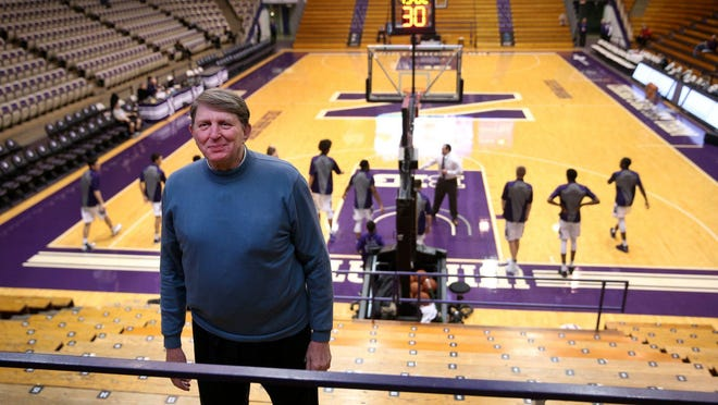 Joe Ruklick, a former Northwestern and NBA player who got the assist on Wilt Chamberlain's basket that gave him 100 points in a game in 1962, at Welsh-Ryan Arena on Dec. 14, 2016.