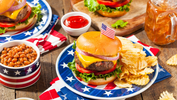 Whether you're thinking about a simple or fancy Fourth