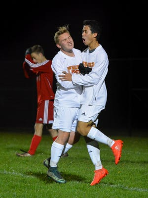Nate Morgan and Alex Goodyear are key players for Pewaukee, the area's seventh-ranked team.