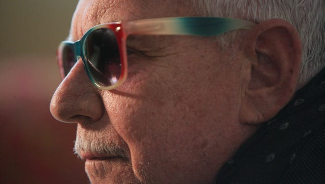 """Eric Burdon of The Animals on the set of the rock documentary """"Melody Makers"""""""