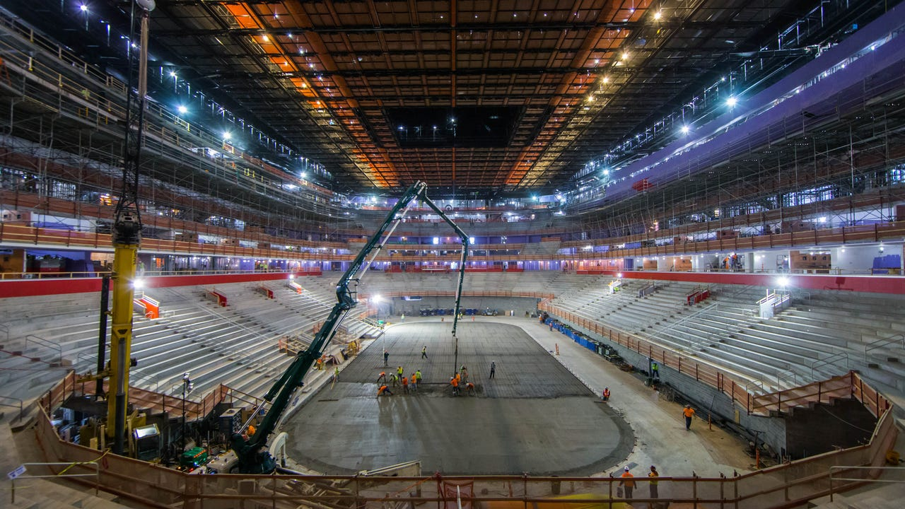 Little Caesars Arena Update Crews Pour Concrete For Ice Rink