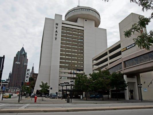 Hyatt Biz Sieu 2 The Downtown One Of Milwaukee S Largest Hotels