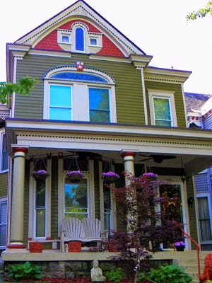 A  colorful home at 1420 Highland Avenue is on on the new Original Highlands Home & Garden Tour June 18.