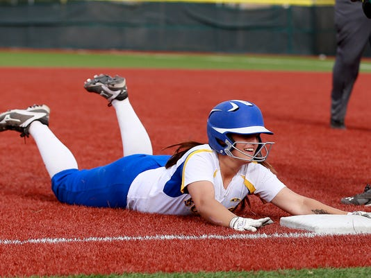 FMN Softball Roundup 0408  --IMG 1--