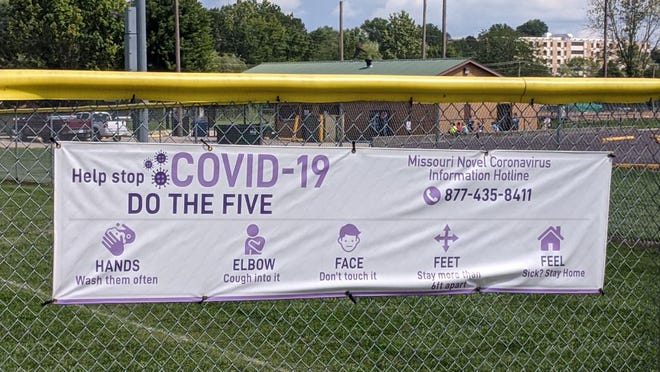 Signage in Rolla on how to prevent the spread of COVID-19.