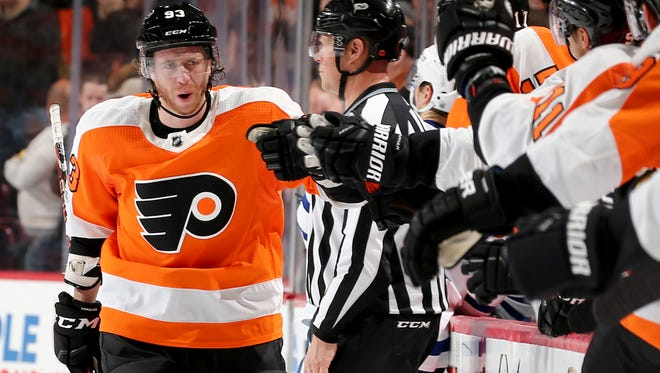 Jake Voracek entered Saturday co-leading the NHL in assists with 31.