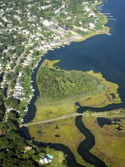 Dorn Island and Picnic Island  are zoned for residential