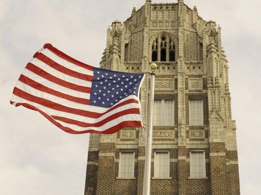 Manitowoc Lincoln High School Tower Flag.jpg