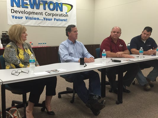 635766368568319854-Santorum-on-Newton-panel