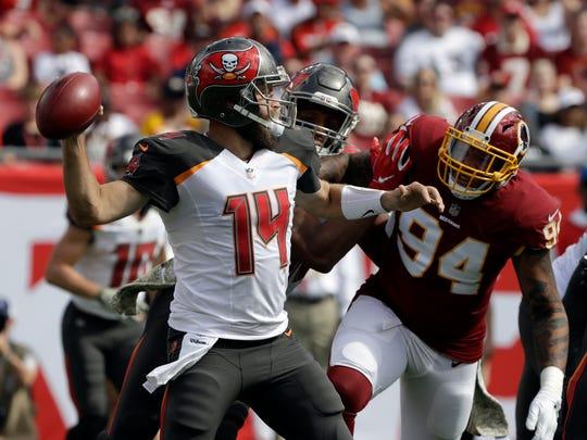 Redskins_Buccaneers_Football_80616.jpg