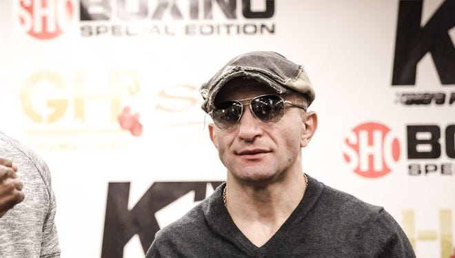 Avantil Khurtsidze before his fight last year against Antoine Douglas.