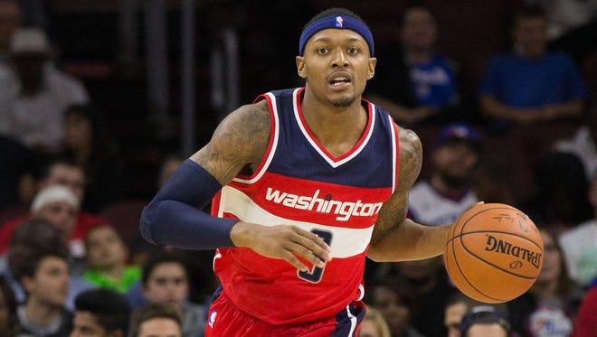 Bradley Bealdribbles up the court Philadelphia 76ers at Wells Fargo Center.