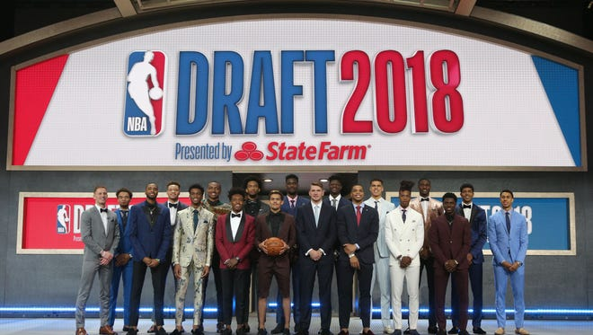 NBA draft prospects pose for a group photo before the first round of the 2018 NBA Draft at the Barclays Center.