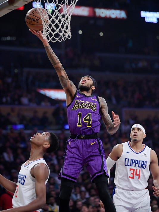 Clippers_Lakers_Basketball_34825.jpg