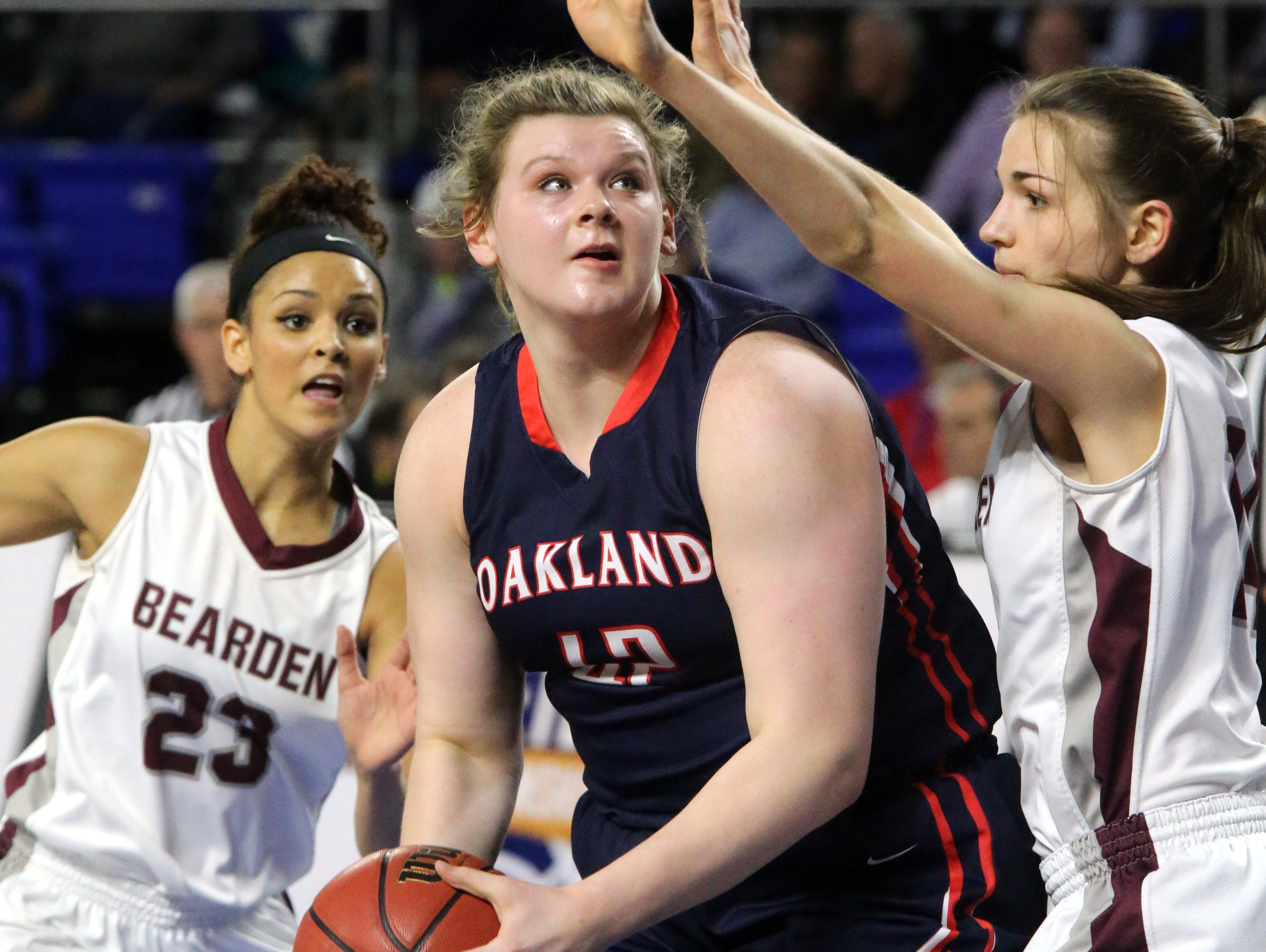 Oakland's Shelby Gibson (42) and the fifth-ranked Lady Patriots are off to a 12-1 start.