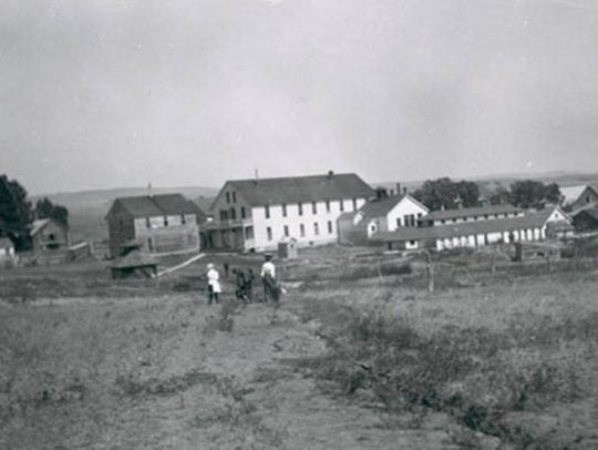 View of Hunter's Hot Springs Resort, near Livingston, circa 1900. It's capped now.