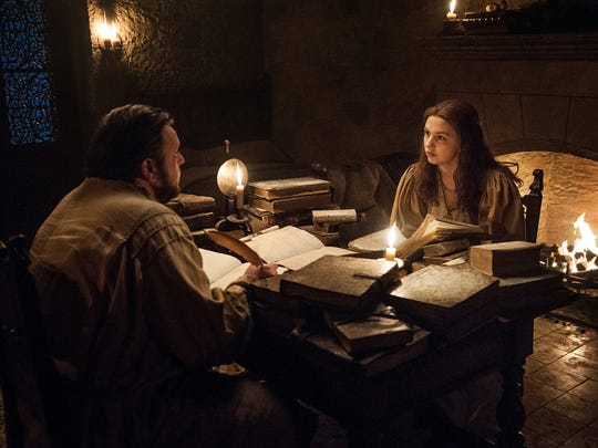 You're not listening, Sam (John Bradley, left)! Gilly