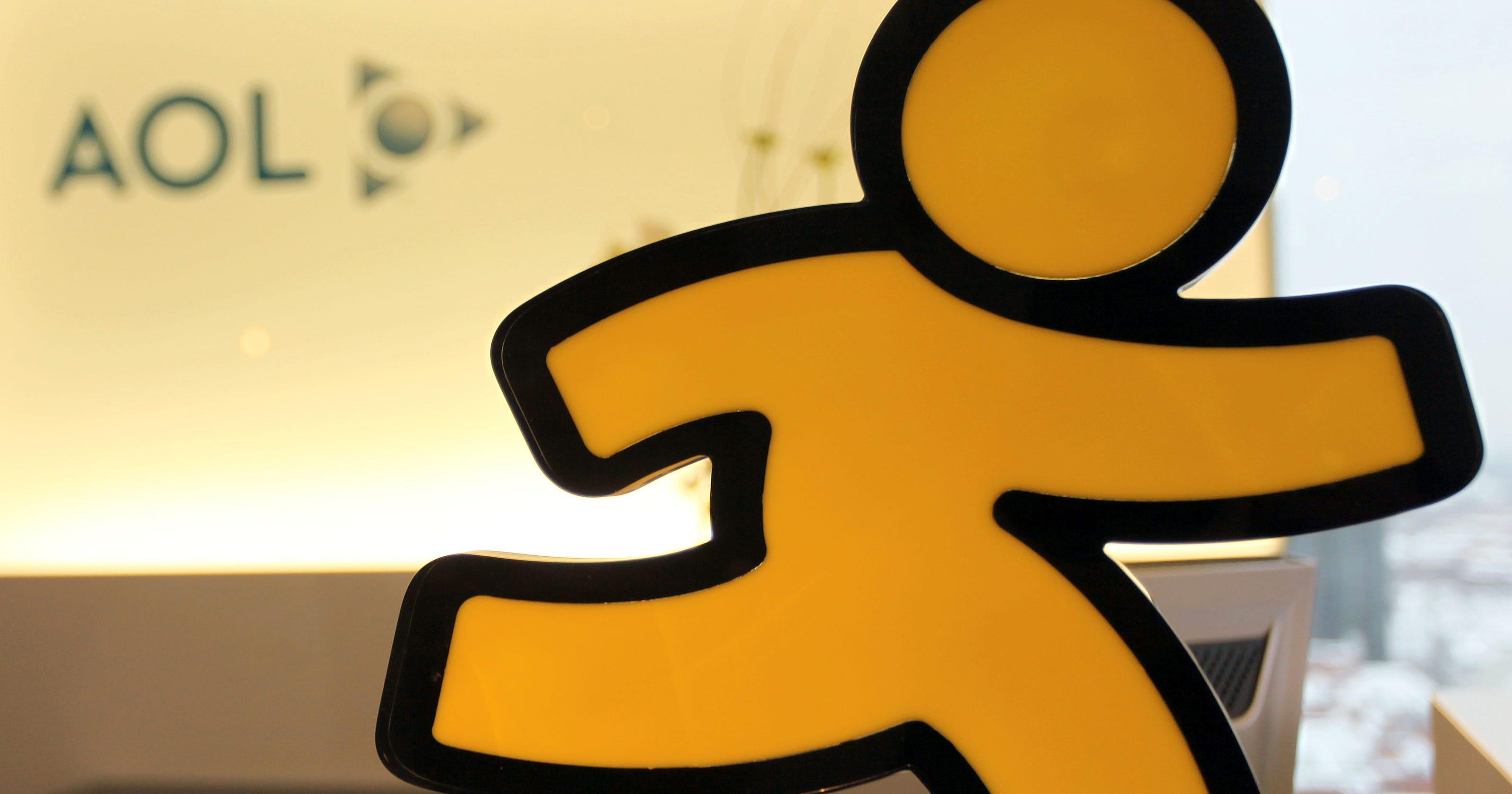 AOL's instant messenger is back: Meet AIM Phoenix