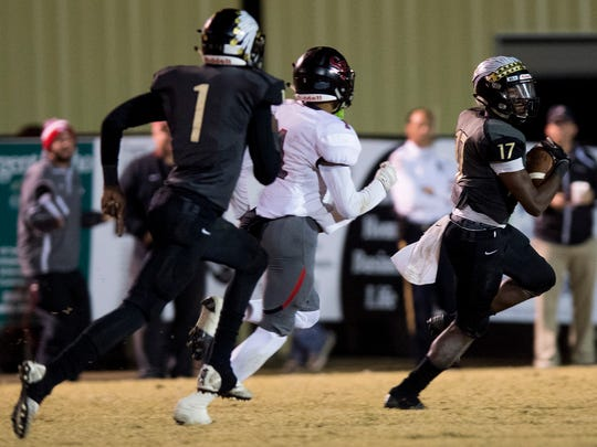 Wetumpka safety Tyquan Rawls (17) intercepts a pass against Spanish Fort in Wetumpka, Ala. on Friday November 24, 2017.