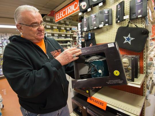 Ron Lapalomento, a salesman at Fenwick Island Hardware,