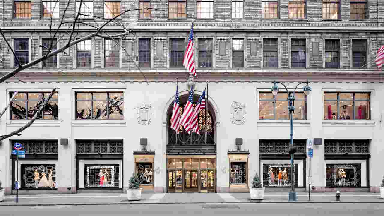 Lord & Taylor's Fifth Avenue store is closing
