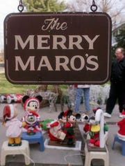Dr. Robert Maro Sr.,who died Friday, staged elaborate holiday displays outside his Cherry Hill home.