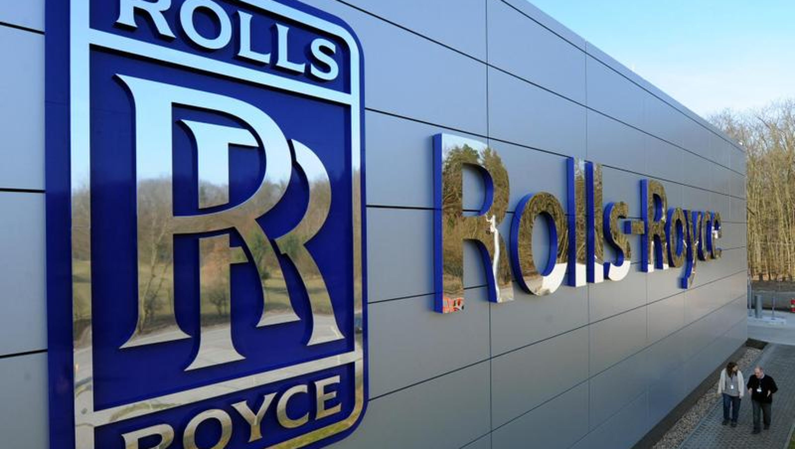 rolls-royce to cut about 400 employees mostly in indy