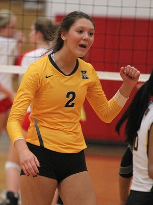 Kickapoo senior Rachel Rippee signed to play volleyball at the University of Arkansas Nov. 11, 2015