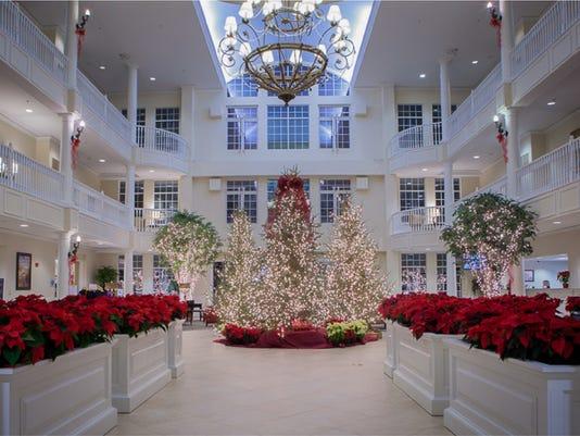 636469624839679625-Interior-Holiday-Shot.jpg
