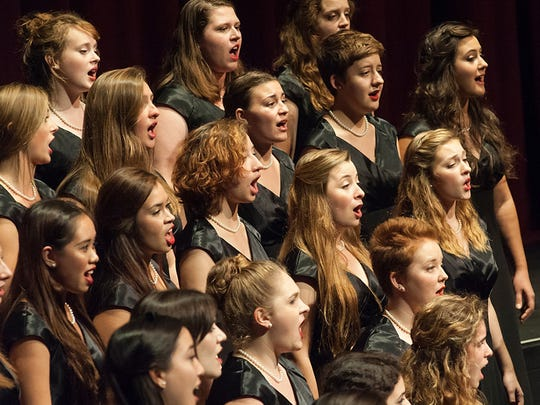 "Lawrence choir will present Handel's ""Messiah"" Friday"