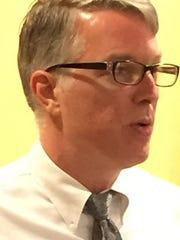 Robert Dion