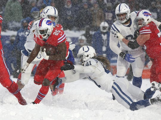 Bills LeSean McCoy slips a tackle by Colts Matthias Farley and takes it 21-yards for a game winning touchdown in a 13-7 overtime win.