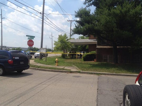 Man killed woman shot in face at willow creek apartments for Willow creek mansion