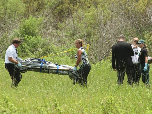 A body was found along Interstate 75 Tuesday. The police are investigating.