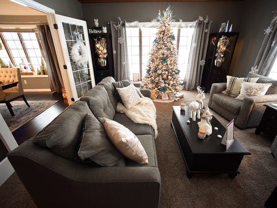 The decorated living room of the annual Zonta Christmas