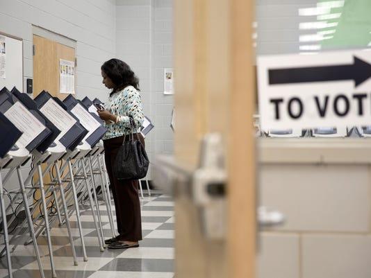 AP FULTON COUNTY VOTING A USA GA
