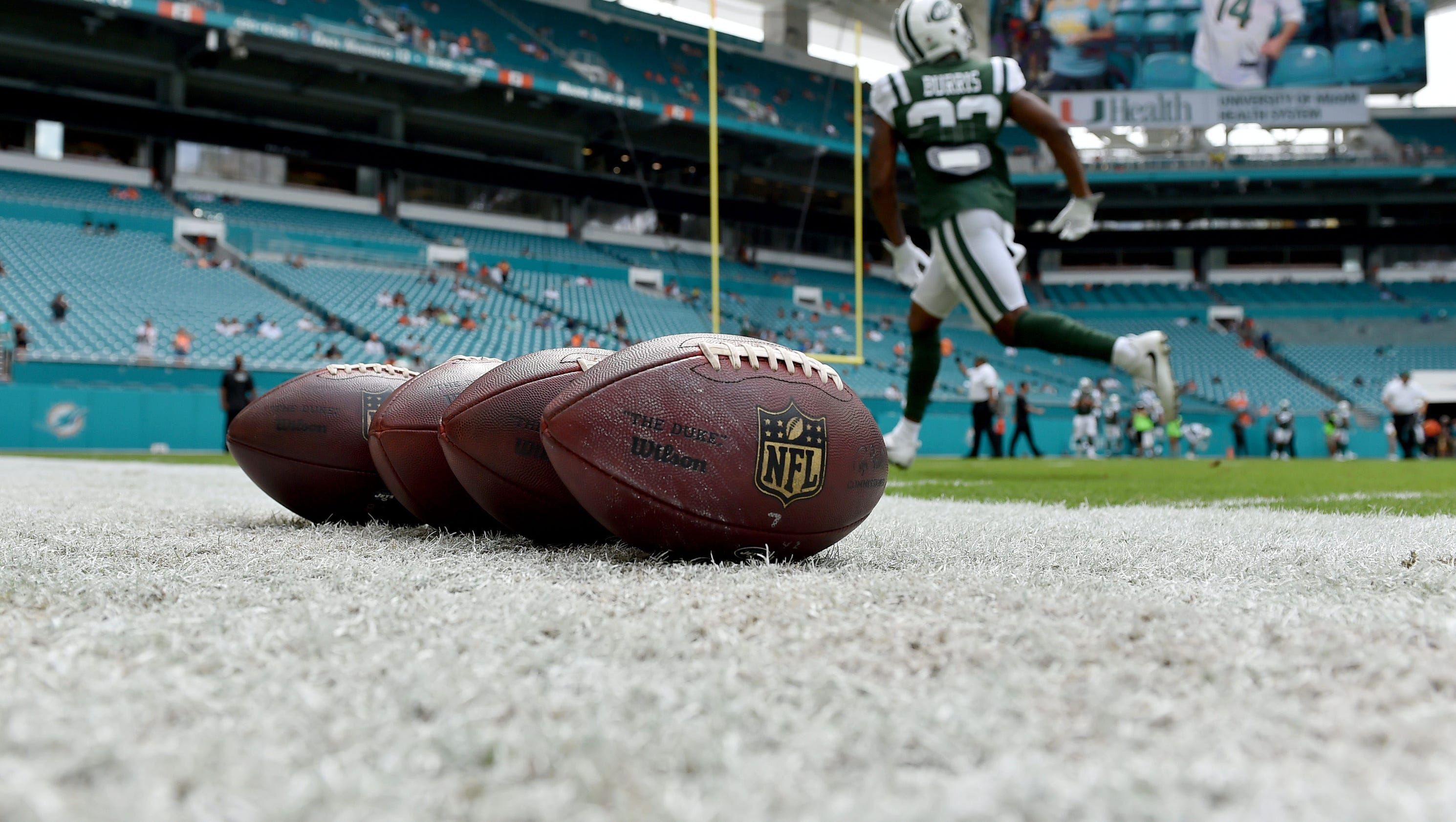 636442744923139130-usp-nfl-new-york-jets-at-miami-dolphins-94768707