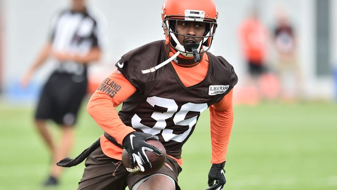Jun 4, 2019; Berea, OH, USA; Cleveland Browns cornerback Terrance Mitchell (39) runs with the ball after an interception during minicamp at the Cleveland Browns training facility. Mandatory Credit: Ken Blaze-USA TODAY Sports