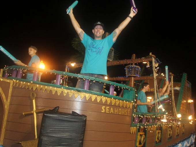 These are the many floats that participated in the