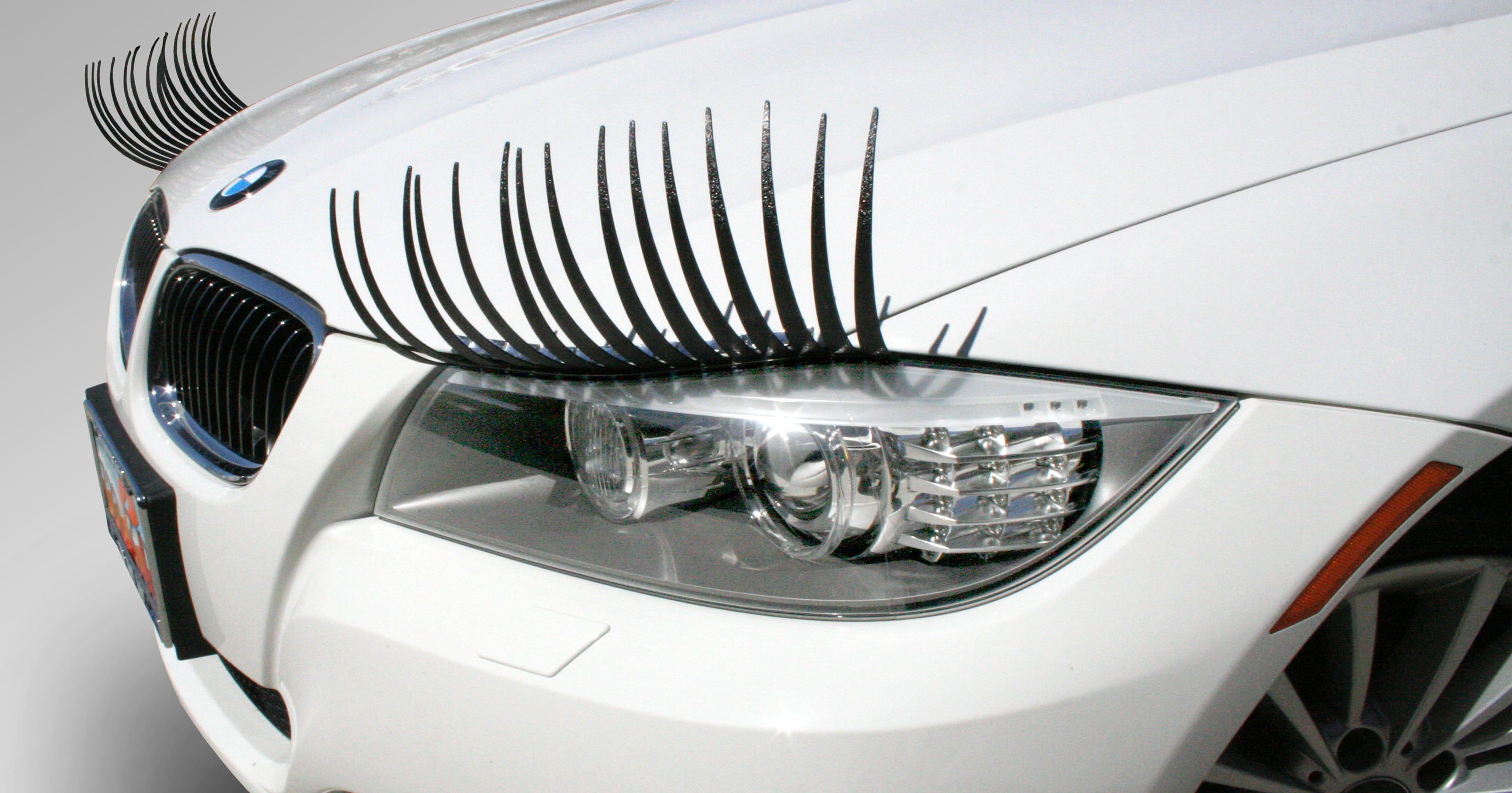 Drivers Go For Feminine Touch With Car Eyelashes