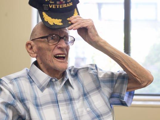 636628561743005435-WWII-veteran-Knappman-02.jpg