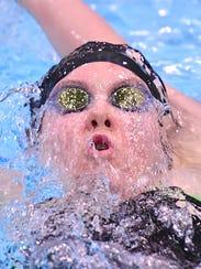 Mason's Allison Bloebaum competes in the finals of