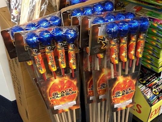 636335684565740861-fireworks-52.JPG