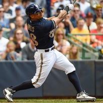 Milwaukee Brewers left fielder Khris Davis (18) has been the team's hottest hitter in August.