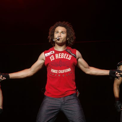 Disney Channel's Corbin Bleu tells Iowa high school show choir to 'break a leg'