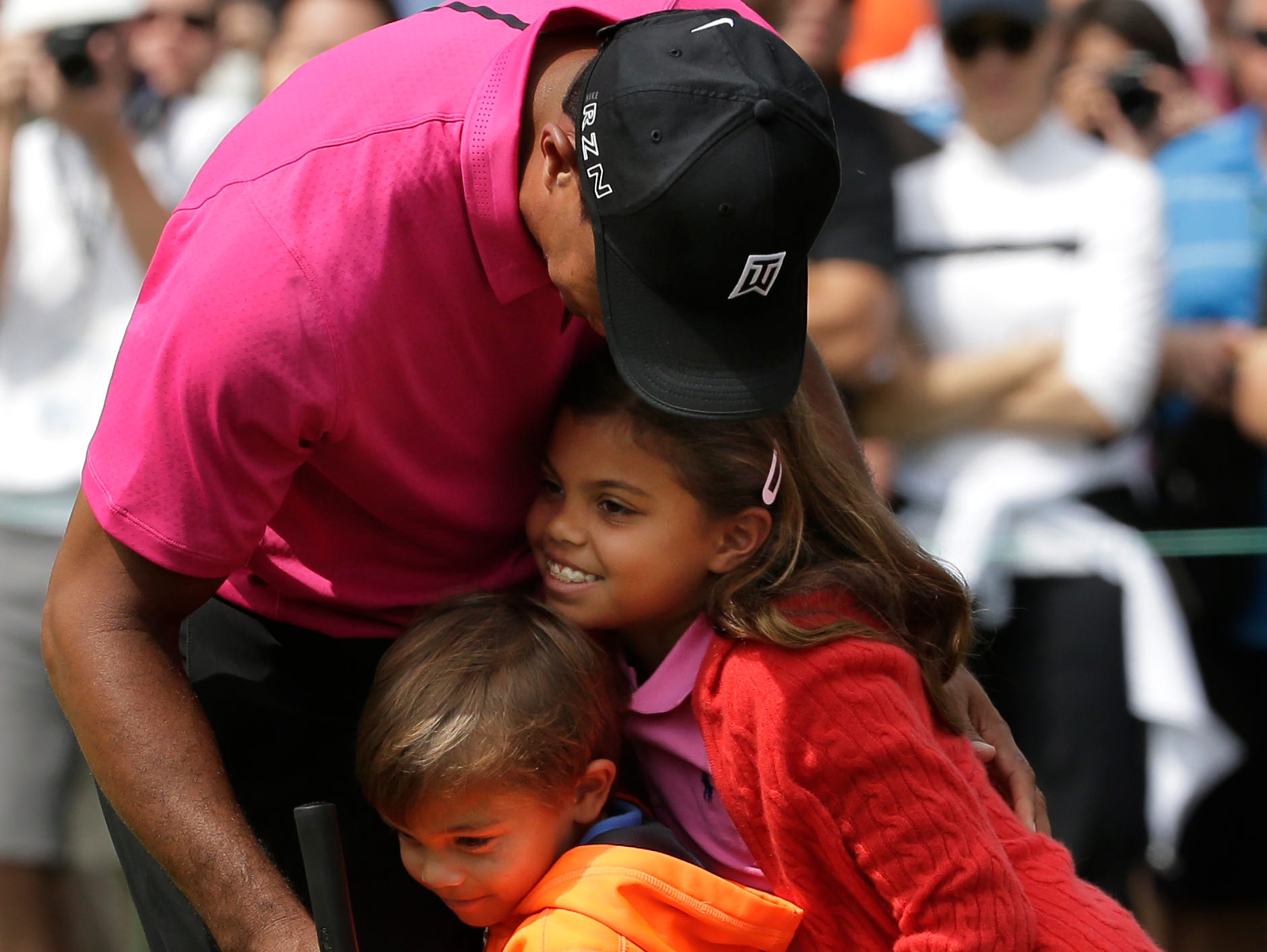 tiger woods will join children in par 3 competition
